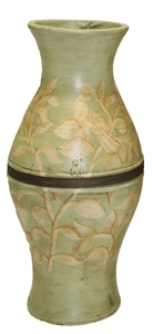 GREEN & CREAM VASE WITH CENTER BAND