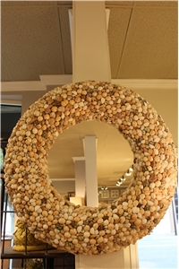 NATURAL MIXED SHELL WREATH W/ MIRROR