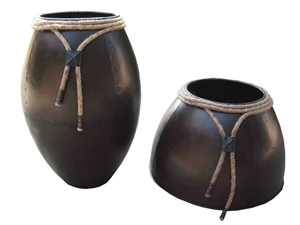 SET OF 2 DECORATIVE PLANTER & VASE