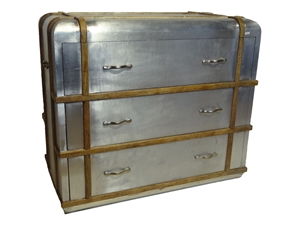 DECO INDUSTRIAL STAINLESS STEEL CHEST