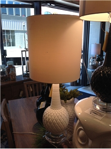 CARVED BULB LAMP-WHITE