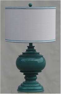 GREEN PAWN TABLE LAMP